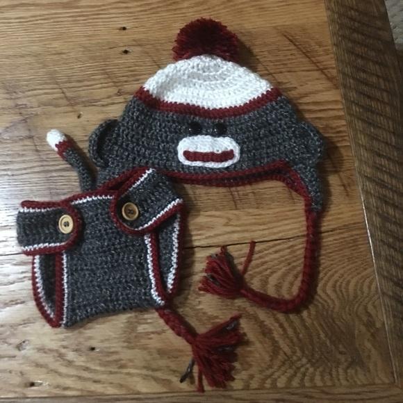 HANDMADE CROCHET KNIT HATS FOR BABIES /& KIDS-SOCK MONKEY-SIZES FROM 0-6 YEARS